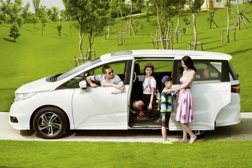 Xe gia đình nên mua xe gì, tầm giá bao nhiêu?